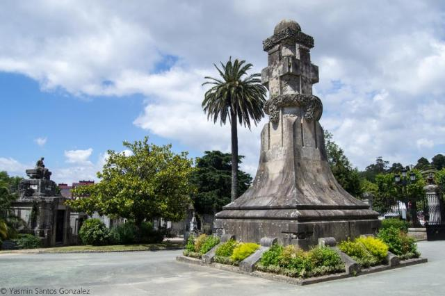 En 1889 el concello inicia los trámites para la creación del nuevo cementerio municipal, en un momento en que la ciudad contaba con 15.000 habitantes y sostenía un gran crecimiento económico.