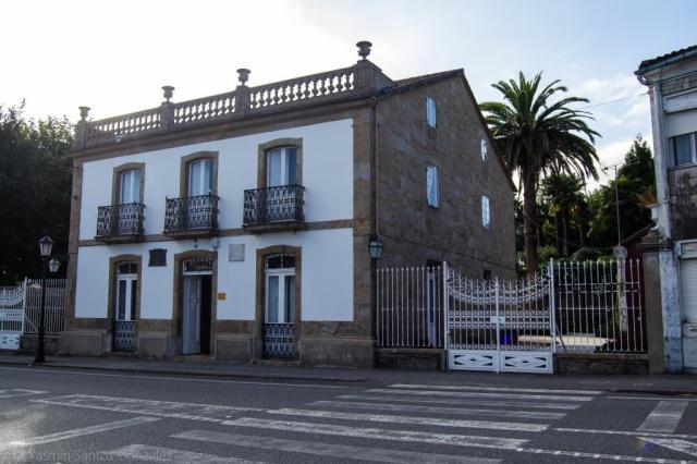La vivienda es promovida en el año 1918 por el emigrante Vicente Ramos Rodríguez, emigrado en Argentina, quien funda la primera línea de autobuses de Buenos Aires.