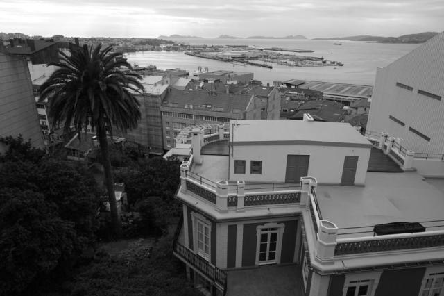 Según el investigador Jaime Garrido, la casa pudo realizarse sobre la primera mitad de la década de 1890 en piedra, cal y ladrillo.