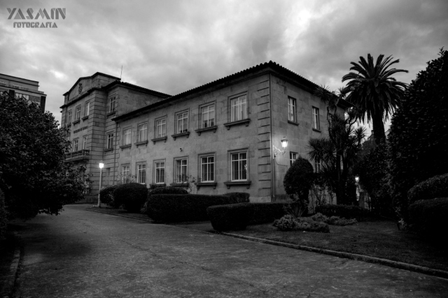 El inmueble de la Avenida de Vigo, que alberga hoy por hoy servicios de las Consellerías de Sanidade y Política Social, Sergas y 061, data del año 1920.