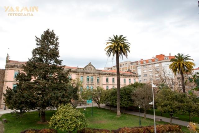 Según el historiador Juan Juega el primer antecedente de este inmueble sería la Casa de la Maestranza, cuartel militar edificado entre los años 1665 y 1668.