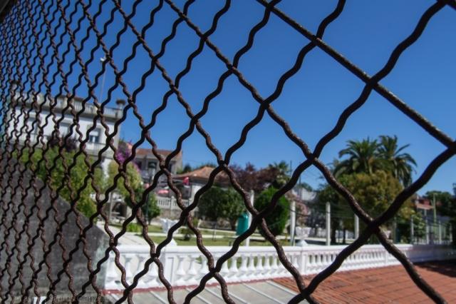 Parece que esta encantadora casa situada a medio camino en la avenida Ramón Nieto perteneció a Rafael Portanet, conservero, Delegado del Estado en la Zona Franca de Vigo y Alcalde de la ciudad durante varios años.